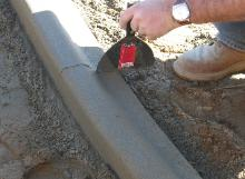 how to make concrete curbs